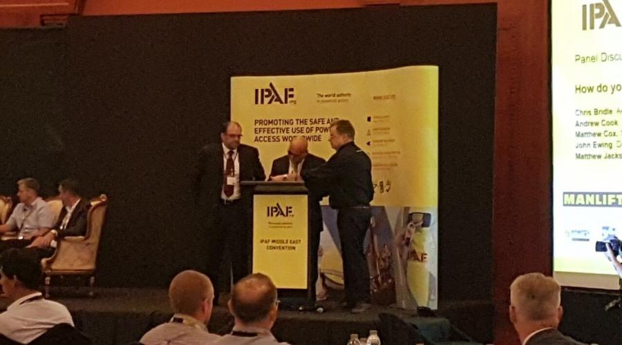 Memorandum of Understanding (MOU) signed between IPAF and the International Institute of Risk and Safety Management (IIRSM)