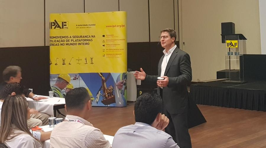 Matt Fearon, Genie President, Terex AWP, Speaking at IPAF ElevAÇÃO ​​​​​​​2018 in Brazil